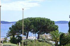 Modernisiertes Stadthaus mitten im Zentrum #St_Maxime  Im Herzen der Altstadt, renoviertes Stadthaus, bestehend aus einer zwei-Zimmer-Wohnung im Erdgeschoss und einer Maisonette auf der ersten Etage mit Dachterrasse und Meerblick. http://aiximmo.ch/de/listing/modernisiertes-stadthaus-mitten-im-zentrum/  #frenchriviera #cotedazur #mallorca #marbella #sainttropez #sttropez #nice #cannes #antibes #montecarlo #estate #luxe #provence #immobilier #luxury #france #spain #monaco