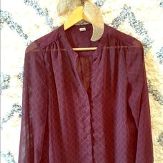 Old Navy Purple Blouse This blouse is great for office wear or with casual jeans. So cute when paired with a pair of booties and the color is sure to look great on any skin tone! Old Navy Tops Blouses