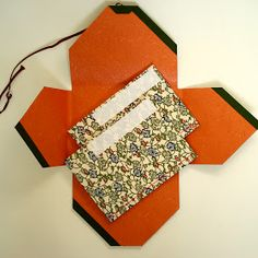 和装本   JAPANESE BOOKBINDING                            JADE BOOKBINDING STUDIO has created  five workshops in Japanese Bookbindin...