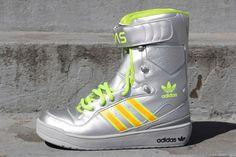Jeremy Scott x Adidas Snow (Moon Boot) #sneakers