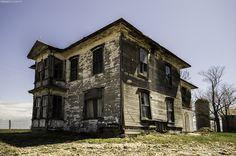 Abandoned house near Winnipeg, Canada