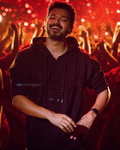 Hd Photos Free Download, Wallpaper Free Download, Actor Picture, Actor Photo, Wedding Couple Poses Photography, Photography Poses, Watercolor Wallpaper Iphone, Wallpaper Desktop, Ilayathalapathy Vijay
