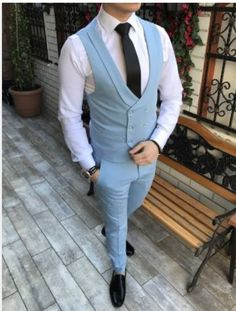 Waistcoat Designs, Waistcoat Men, Formal Dresses For Men, Men Formal, Mens Fashion Blazer, Suit Fashion, Blue Suit Men, Wedding Dress Men, Designer Suits For Men