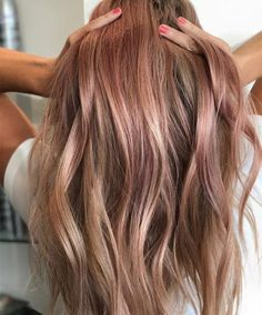35 Rose Brown Hair Shades That Will Inspire You To Visit The Salon – dark hair styles Brown Hair Cuts, Brown Hair Looks, Golden Brown Hair, Brown Hair Shades, Brown Ombre Hair, Brown Hair Balayage, Brown Hair With Highlights, Brown Blonde Hair, Light Brown Hair