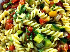 cooking minette: refreshing vegetarian pasta salad