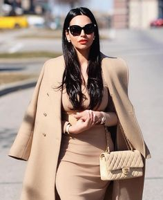 Here are my 5 Favourite Classy outfits that you can shop similar! I will guide you in the world of classy fashion and what you must buy and wear in order to look like a classy, elegant and sophisticated lady. Sophisticated Outfits, Elegant Outfit, Classy Outfits, Chic Outfits, Fashion Outfits, Womens Fashion, Spring Outfits, Cheap Fashion, Fashion Ideas