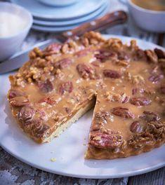 Den fina smaken av kola och nötter – tillsammans i en riktigt klassisk paj!