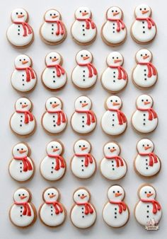 Video Tutorial on Decorating Snowman and Penguin Cookies | Sweetopia