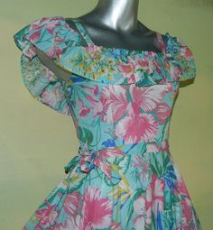 XS Vintage 70s Floral Print Hawaiian Sundress Off the by wyogems
