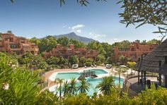 New development near La Cerquilla - Marbella - Golf Valley Marbella Property, Andalucia, Pent House, Apartments For Sale, Golf Courses, Environment, Tours, Mansions, House Styles