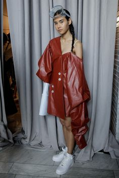 Andrea Jiapei Li ss16 Presentation Daily Fashion, Love Fashion, High Fashion, Fashion Show, Fashion Outfits, Fashion Trends, Fashion Images, Fashion Details, Fashion Design