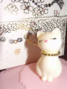sweet kitty for tea