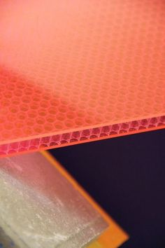 Polyhoneycomb supply high quality polycarbonate honeycomb panel polycarbonate sheets for refrigerator and decoration Material Library, Material Board, Material Design, Espace Design, Motifs Textiles, Finishing Materials, Texture Design, Plexus Products, Textures Patterns