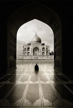 Taj Mahal - Agra, India | Incredible Pictures
