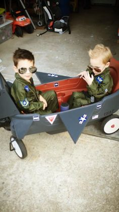 Goose and maverick halloween costumes for toddler boys