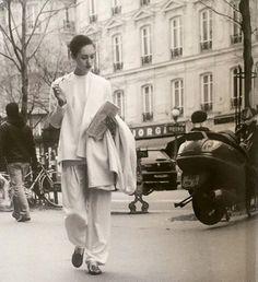 The epitome of chic Fashion Tv, Fashion Games, Retro Fashion, Boho Fashion, Vintage Fashion, Classy Fashion, Hijab Fashion, Spring Fashion, Mens Fashion