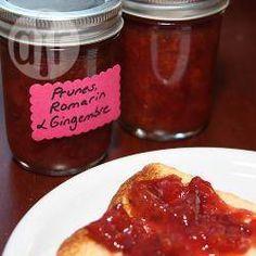 Confiture de prunes au romarin et gingembre @ allrecipes.fr