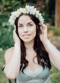 Model: Sonya Creme Flower Crown, Fairies, Photoshoot, Party, Model, Flowers, Photography, Flower Headdress, Fotografie