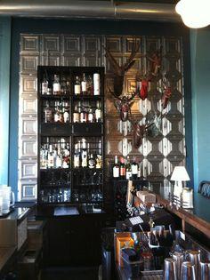 https://i.pinimg.com/236x/8a/2b/be/8a2bbe572e0d7bf13fcdb09330cd1866--bar-decorations-modern-bar.jpg