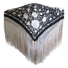 Antiques Embroidery Antique Brightly Embroidered Black Silk Piano Shawl Long Knotted Fringe For Improving Blood Circulation