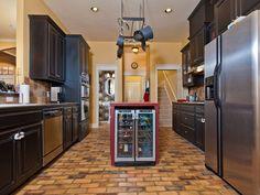 Industrial meets mediterranean - homeyou ideas #interiordesign #homedecor #kitchen