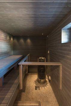 Harmaa sauna, Helo ja luonnonkivilattia