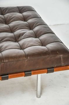 Barcelona Daybed Mies van der Rohe for Knoll, circa 1970s | From a unique collection of antique and modern day beds at https://www.1stdibs.com/furniture/seating/day-beds/