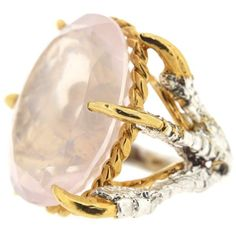 The Rose Quartz Deborah Ring (2.035 BRL) ❤ liked on Polyvore featuring jewelry, rings, oval cut ring, oval stone ring, claw ring, rose quartz jewelry and rose quartz ring