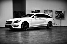 Mercedes CLS63 AMG Shooting Break