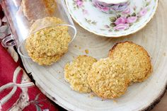 Biscotti d'avena kaerakupsis Krispie Treats, Rice Krispies, My Recipes, Grains, Desserts, Food, Oatmeal, Tailgate Desserts, Deserts