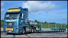 VOLVO FH16 GlobetrotterXXL - Akka - Nilssons - Sweden   Flickr