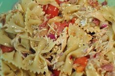 LifeWithLissy: Monday With Meg: Balsamic Chicken Pasta Salad
