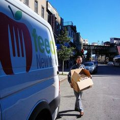 At it again! Our faithful TSC Missions interns Paul & Aleksey delivering food & snackage to Nom Nom, a #ChildCry-sponsored feeding program based in Bushwick, Brooklyn. :) #wefeedhungrykids #nomnom
