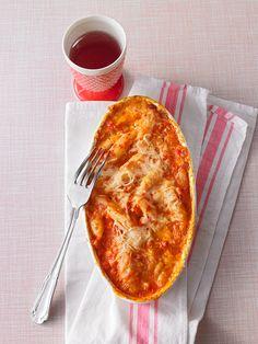 Mozzarella-Schupfnudeln in Ajvar überbacken