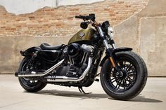 2016 Harley-Davidson® Sportster® Forty-Eight® Motorcycles Photos & Videos