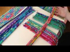 AT608 - 20 Strip Tote Sewing the Strips - YouTube