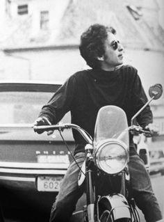 Bob Dylan on his moto - 1964