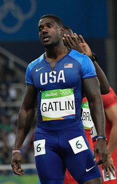 US Justin Gatlin prepares to compete in the Men's Semifinal during the… Lycra Men, Lycra Spandex, Justin Gatlin, Gym Guys, Sport Tights, Usain Bolt, Olympic Athletes, Track Workout, Rio 2016