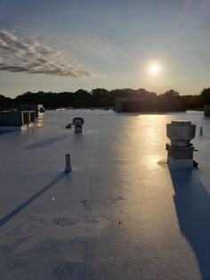 repair flat Contact Lasher Contracting for a roof repair on your commercial flat roof Commercial Roofing, Roofing Contractors, Roof Repair, Flat Roof, Facade, Restoration, United States, River, Building
