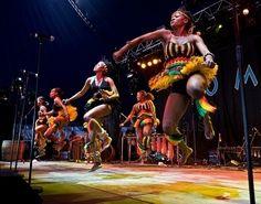 Zimbabwe dancing :) Im Coming Home, African Dance, Xhosa, African Home Decor, Thinking Day, Somali, African Safari, Zimbabwe, Home And Away