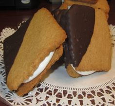 S'Mores Cookies Homemade Marshmallow filling and Graham Cookies!