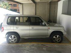 Mitsubishi Pajero 2002 prata linda - 2002