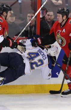 Senators edge Blues 3-2 in OT