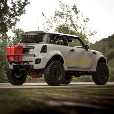 Not so Mini now huh? by Brad BuildsSince doing my first lifted car about a week ago Ive been itching to lift something ridiculous. So heres that exactly. A Liberty Walk Rock Crawler. Weird Cars, Cool Cars, Mini 4x4, Jeep, Offroader, Lifted Cars, Mini Trucks, 4x4 Trucks, Expedition Vehicle