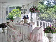 pretty and oh so charming Southern Porch
