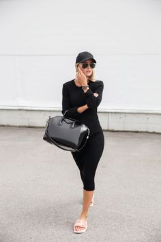 Dress from Gina | Slippers from Puma by Rihanna | Bag from Givenchy | Hat from Aplace