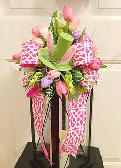 Easter Top Hat Lantern Swag, Easter Bunny Floral Arrangement, Rabbit Easter Decoration, Holiday Candle Decor, Home Decoration, Easter Decor  This is