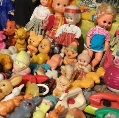 #moscow #market #vintage #plastics
