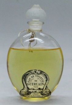 mejores 326 im genes de guerlain en pinterest frascos de perfume agua de colonia y eau de. Black Bedroom Furniture Sets. Home Design Ideas