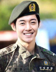 Resultado de imagen para kim hyun joong 2016
